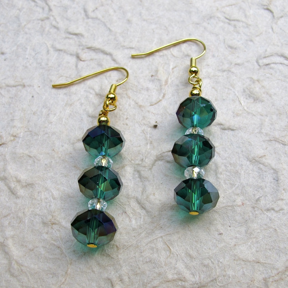 Absolutely Gorgeous Emerald Green Faceted Crystal Rondells Make These Earrings Elegant And Certainly A Standout Small Clear Rondell Separate The